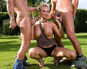 Private HD porn video: Winnie Is on the Receiving End of a Double Penetration Outdoors