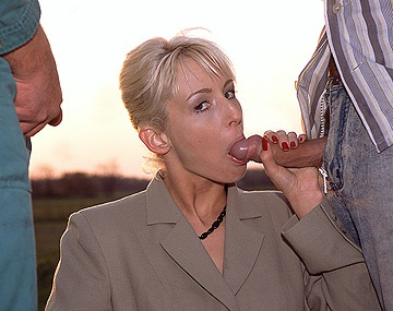 Private  porn video: Betty Love Has Trouble with Her Car and Gets Some Guys to Help