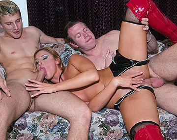 Private  porn video: The Flexible Blonde Lauren Phoenix Turns Upside down for a Piledriver