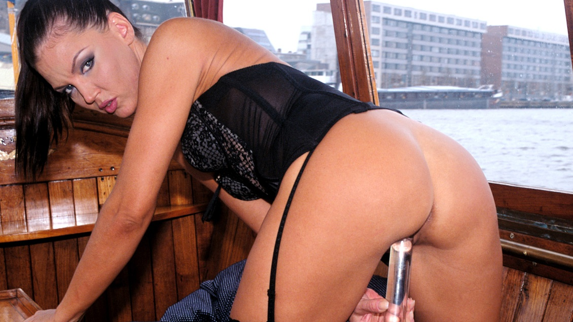 Dru Berrymore Masturbates for the Pilot of Her Boat Using a Butt Toy