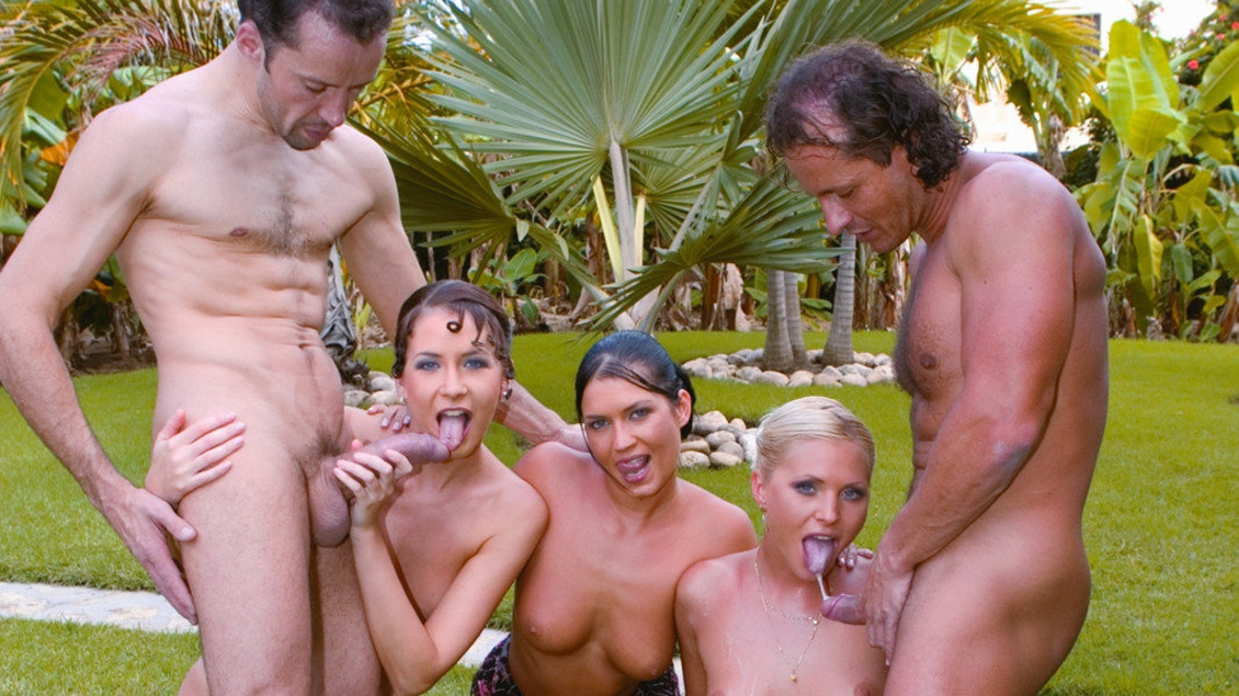 Kathy Anderson,Exotic ANAL outdoors