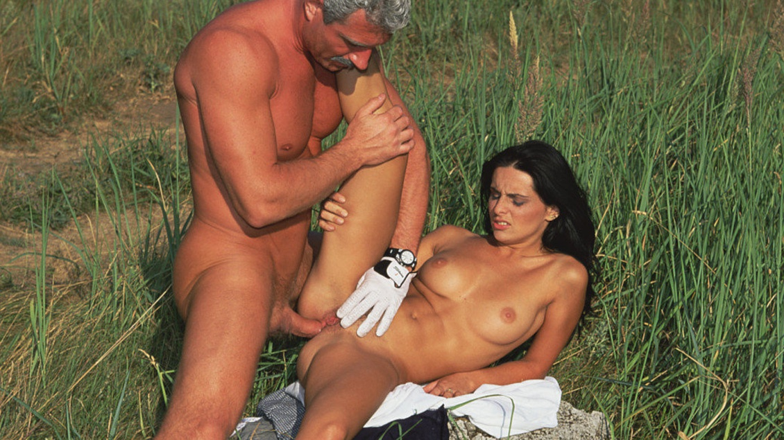 Gaby Black Outdoors Getting Asshole and Pussy Penetrated for Facial