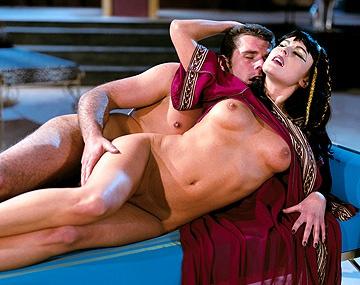 Private  porn video: Cleopatra ist wieder da, aber diesmal geht sie in die Analen ein