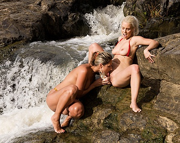 Private HD porn video: Daria Glower and Nesty Masturbate and Finger Snapper While Outdoors