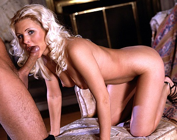 Private  porn video: Miss Anderson Is a European Beauty and David Is Her Lucky Choice