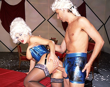 Private  porn video: Carmen en Steve in een Victoriaanse hardcore scène
