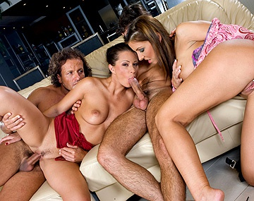Private  porn video: Maria Bellucci and Tera Bond Enjoy Screwing Two Guys in a MMFF Fourway