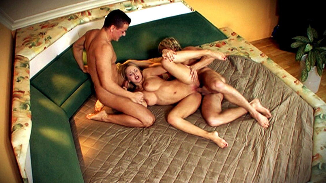 Mandy Dee Is with Two Guys and They Have an Anal Threesome