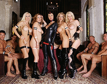 Private  porn video: Orgie hard avec bondage SM
