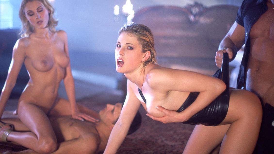 Cleare, Lynn Stone, Nicole en Petra Short krijgen DP's op een orgie