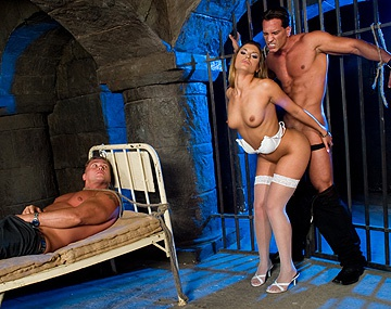 Private  porn video: Sarah James Loves Having Two Dicks at Once during a MMF Threeway DP