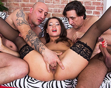 Private HD porn video: Savannah Secret Has Rendezvous Threesome