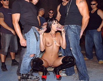 Private HD porn video: Simony Diamond, cuatro rabos para la más puta
