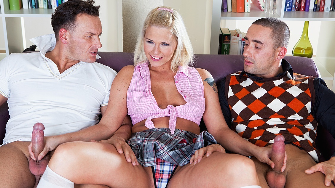 Simony Loves to Fuck Older Guys and Does in a Threesome Here