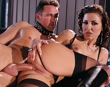 Private  porn video: Maria Bellucci Shows off Quite an Incredible Anal Gape
