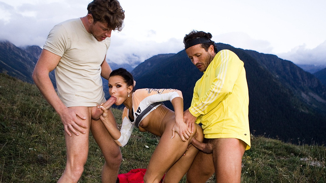 Sunny Jay Meets Two Mountain Bikers and Has a MMF Threeway with a DP