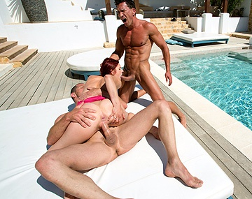 Private HD porn video: Mira Sunset quiere que en Ibiza le den un DP para su carne rolliza