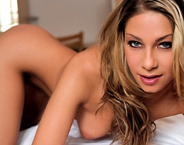 Private  porn video: Rachel est un blonde sexy et naturelle qui aime la baise