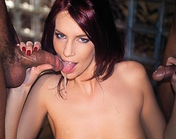 Private  porn video: Marsha krijgt een dubbele facial