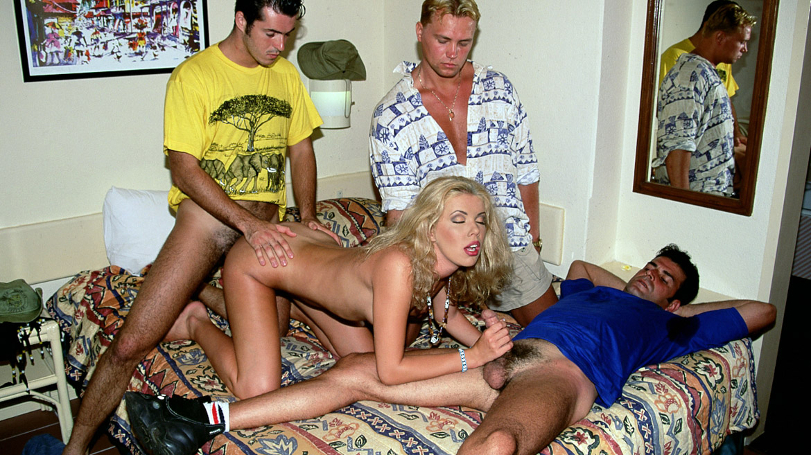 Yelena Schieffer Gives Two Guys a Blowjob While One Screws Her Asshole