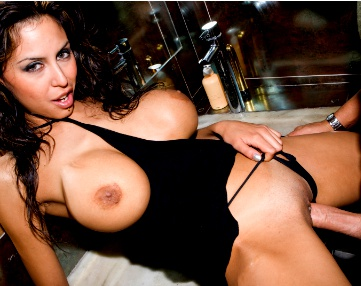 Private  porn video: Party-Schlampe Alejandra vernascht Fremden auf Toilette
