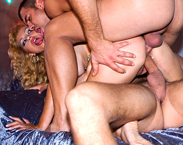 Private  porn video: Yessy is a Man Eater With an Addiction to Big Cock