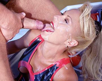 Private  porn video: Vintage Blonde Babes Cheetah & Mikki Have a Hardcore Fourway