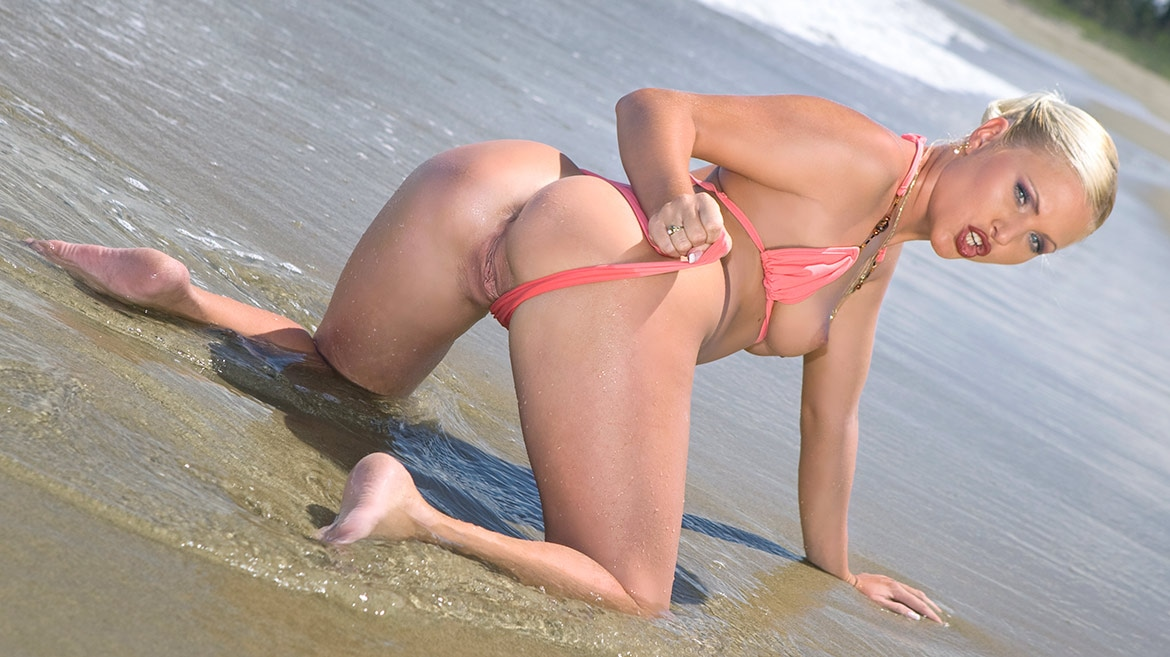 Kathy Anderson Goes Wild On a Tropical Beach