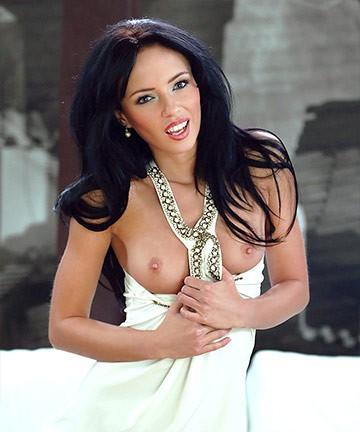 Gina Devine, Gina, Gina Divine, Gina V, Ginie, Heather, Jasmine, Nikita