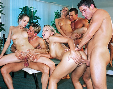 Private HD porn video: Orgy at the Gym