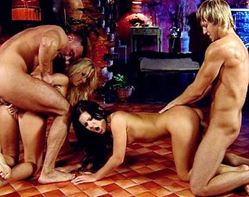 Private HD porn video: Carla Cox y Rihanna Samuel tienen sexo en grupo con sus parejas