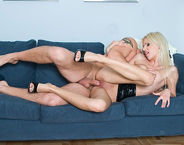 Private  porn video: Blonde Babe Boroka Balls Gets Pussy Pounded before Blowjob and Facial