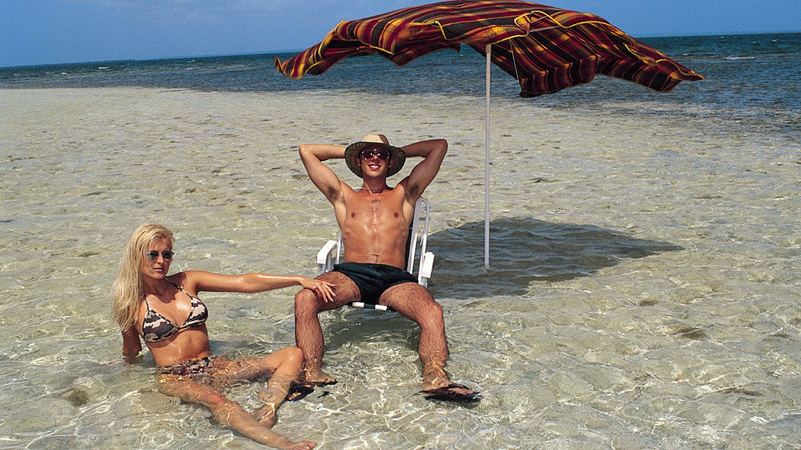 Kyra Sandra Russo and Sheena Pearl Having FFFM Foursome on the Beach