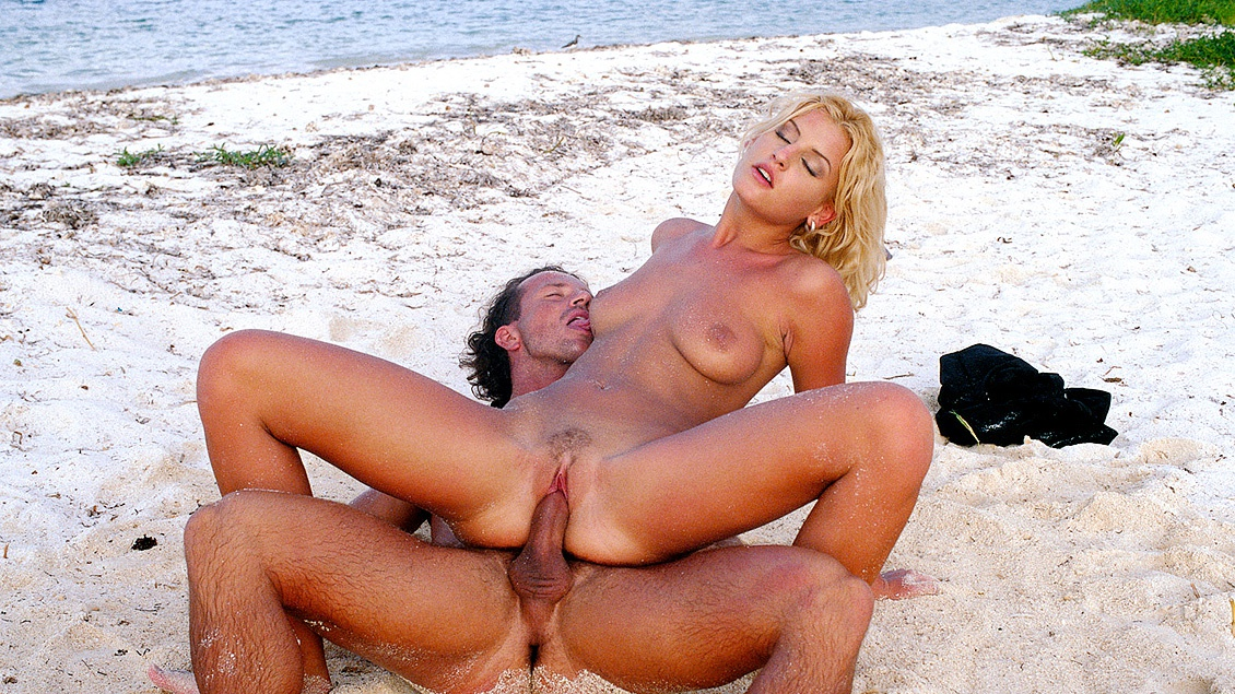 Cristina Blond Gets Sand in Her Pussy a Dick up Her Ass and a Facial
