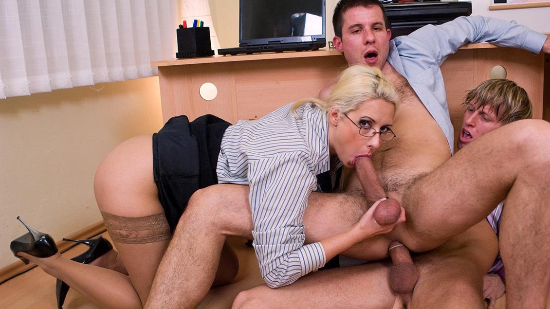 Sandra bullock fire on the amazon sex scene