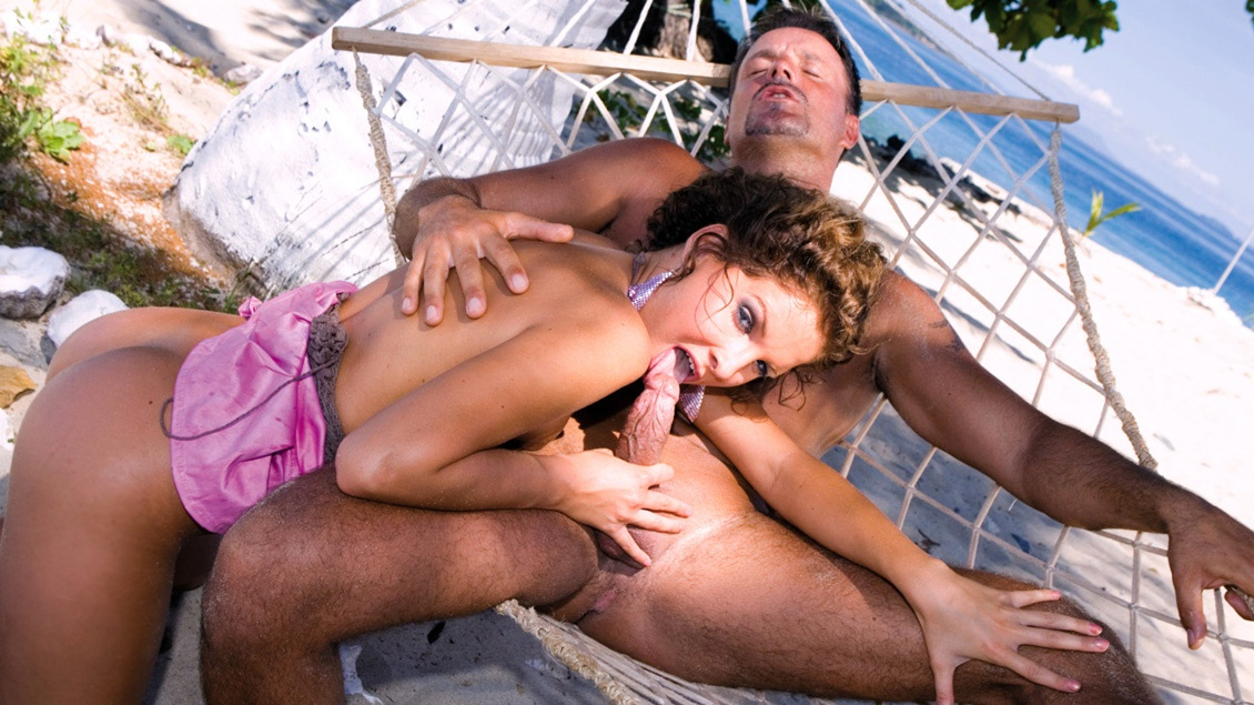 Miss Lauren Is on a Tropical Island and Meets a Man for Sex