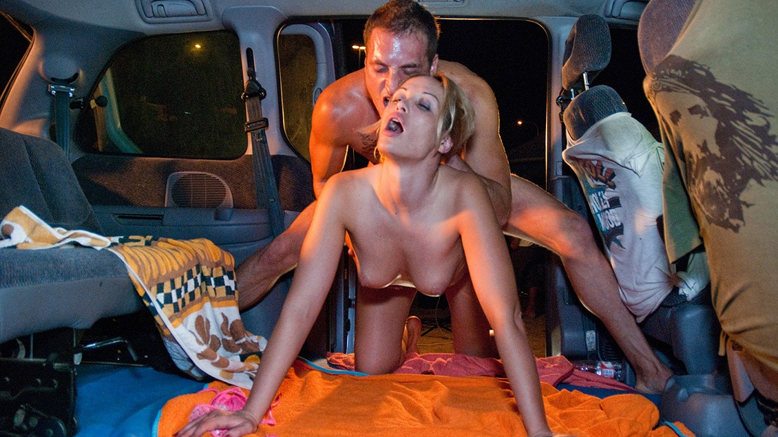Silvia Diamond Is Caught on Camera Giving a Blowjob and Fucking in Car
