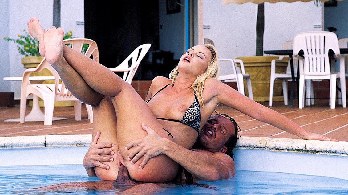 Nude Vagina In Condorm