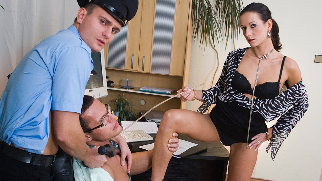 Maia Paired up with Man Who Sucks Dick in MMF Hardcore Three Way