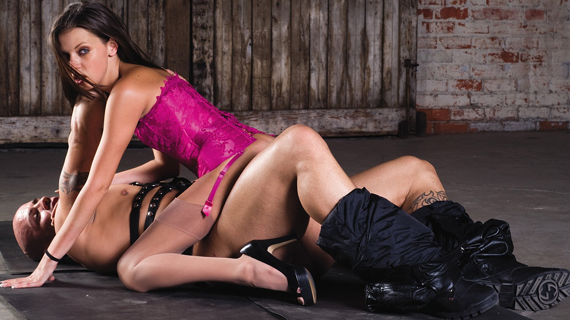 Missy Stone Gets Drilled While in Rope Bondage until She Gets Facialed