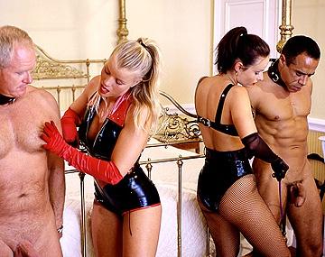 Private  porn video: Daniella Rush Et Lea De Mae Se Font Baiser Par Deux Vieux Gentlemen