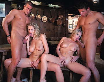 Private  porn video: Jane Darling and Lea De Mae MMFF Four Way with Anal and Facials