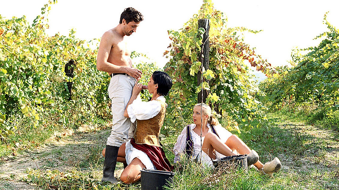 Alicia and Katerina Having Picnic when Man Joins Them for Anal 3 Way