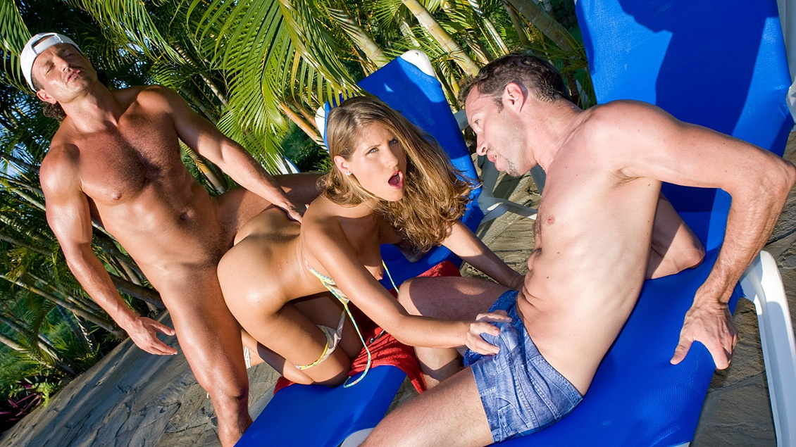 Outdoor threesome mmf