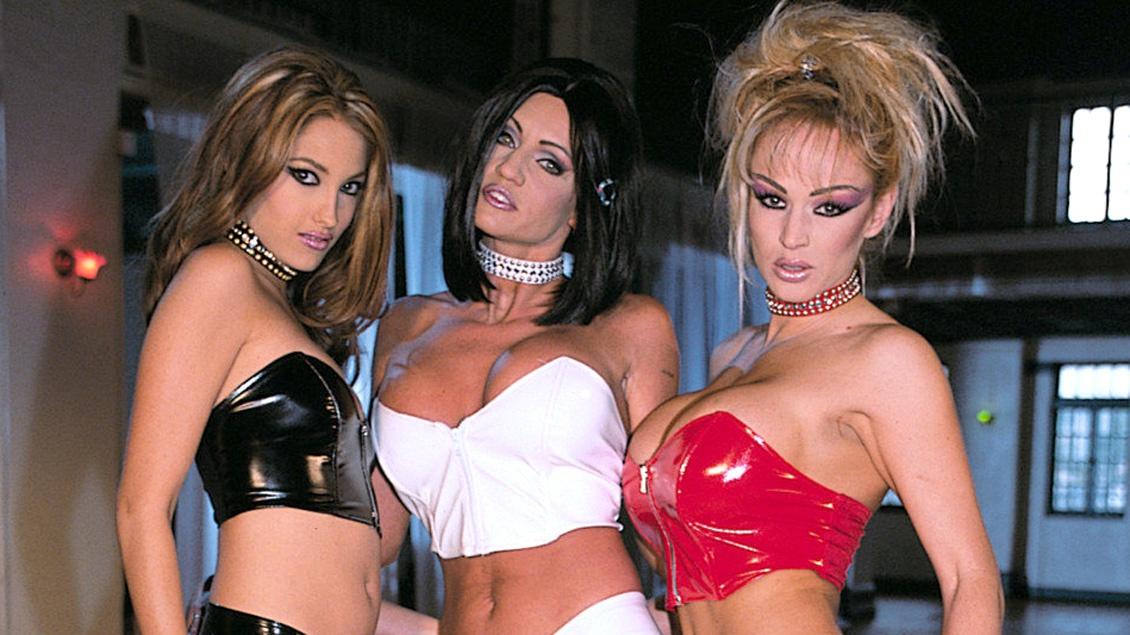 Jenna Haze, Sindee Coxx y Tanya Danielle experimentan con sus juguetitos