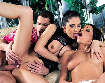 Private  porn video: Lara Stevens and Tera Bond Give Handjob and Blowjob in This Anal 3 Way