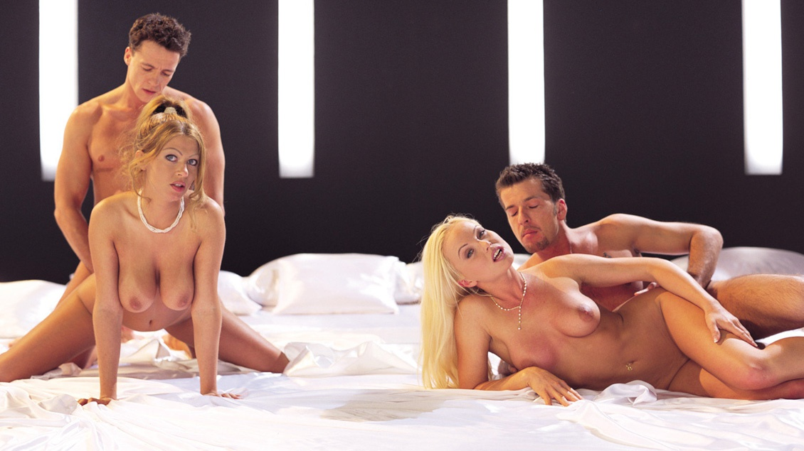 Bisexuals Silvia Saint and Sonia Smith Enjoy Group Sex