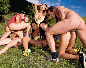 Private HD porn video: Jennifer Love and Her Girlfriends Are Having an Outdoor Orgy with a DP