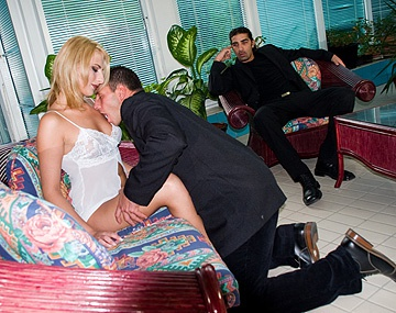 Private  porn video: Blonde Wife Stella Morandy Gets DP in MMF before ATM Cuckold