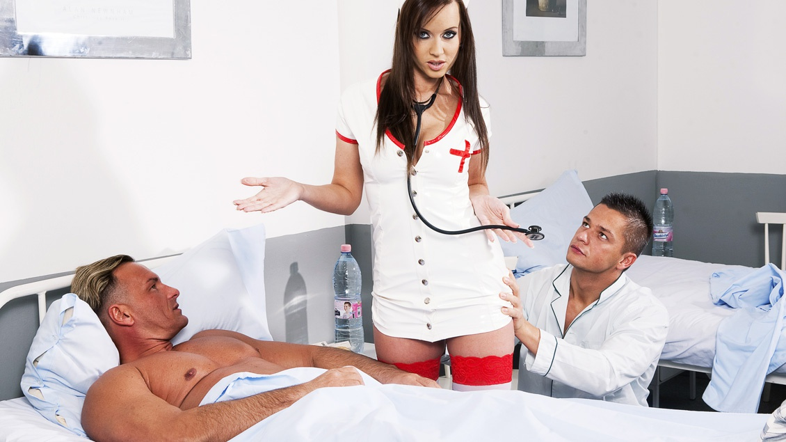 Gorgeous Nurse Cindy Dollar Takes Care of two Patients Who Give Her a DP